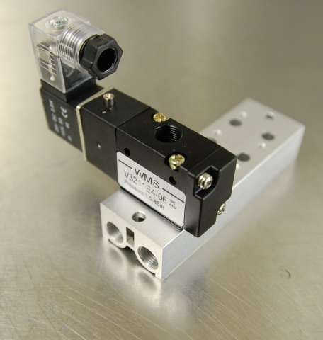 4 Manifold Package - 3 Port 1/4